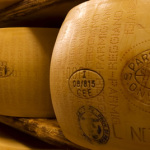 Parmigiano-Reggiano_1